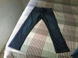 2 calças infantil semi novas