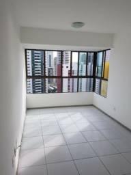 Aluga-se Apartamento 2 Quartos a poucos metros do mar, andar alto,nascente