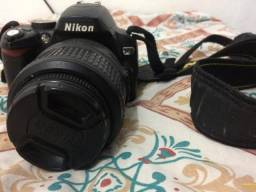 Vendo Máquina fotográfica semi profissional.