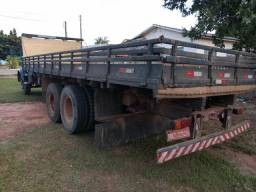 Caminhão 113 truck - 1983
