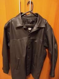 Jaqueta de couro natural masculina.