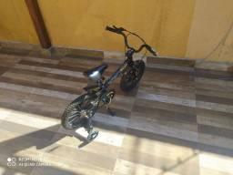 Bicicleta pra criança
