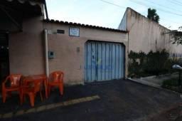 Título do anúncio: Casa com 3 dormitórios à venda, 200 m² por R$ 380.000,00 - Água Branca - Goiânia/GO