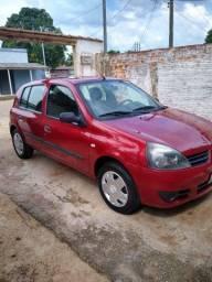 Clio Super conservado R$ 13.500