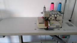 Maquina de costura overlock industrial Singer