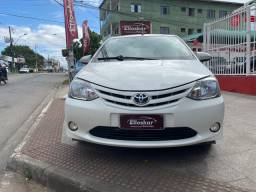 Toyota Etios XS hatch 1.5 2015/16 manual único dono