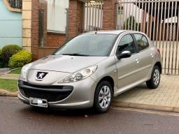 Peugeot 207 1.4 XR Sport Flex - Abaixo da Tabela Fipe