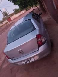 Clio Sedan 1.6 Ano 2006/2006