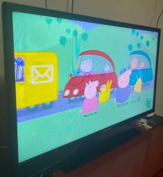 """TV 32"""" LED Samsung Conversor Digital HDMI/USB *Defeito"""