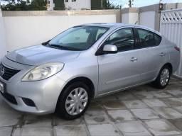 Nissan versa 1.6 sv 2013 novíssimo !!