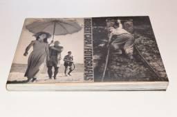 Livro Robert Capa - Fotografias -1 Edição