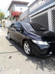 Honda Civic - LXS - gas. - 96.000 km. - aut. Novíssimo - Fit - Corolla (11) 9 7599.2230