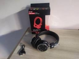 Fone Ouvido B-05 Bluetooth e Cartão de Memória
