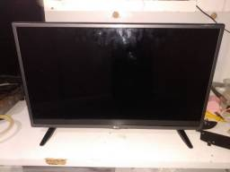 Tv LG smart 32LH570B leia a descrição