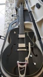 Guitarra Godin 5th Avenue Bigsby