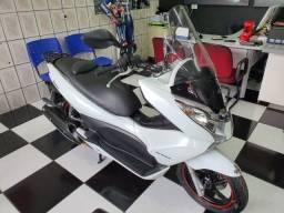 Honda Pcx 150 branca 2015 único dono
