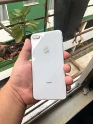 Título do anúncio: Iphone 8 plus, 64 gigas , não aceito olxpay