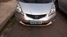 Título do anúncio: Honda Fit segundo dono 2011 completo menos rodas.