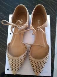 Sapato Arezzo feminino em couro