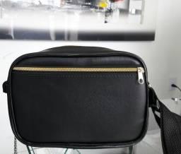 Bolsa bag, Couro sintético extremamente reforçado .