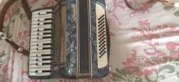 Título do anúncio: vendo acordeon