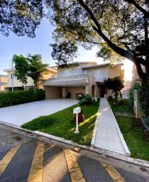 Casa com 4 Suítes em Condomínio Fechado - Residencial Alphaville 11