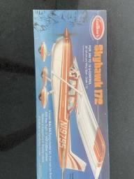 Miniatura avião