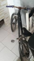 Título do anúncio: Bike gios semi nova