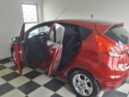 Ford New Fiesta SE 1.6  - Vermelho Vermont ( cor linda )