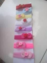 Kit de 8 Tiaras RN com lacinho de tricô