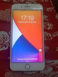 Vendo um iPhone 8 Plus