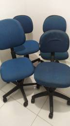 Título do anúncio: cadeiras giratorias leia descrição