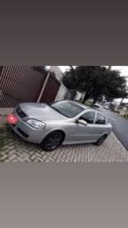 Vendo Astra sedan confort completo
