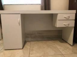 Título do anúncio: Mesa Escritório / Escrivaninha em MDF 15 mm Semi-Nova