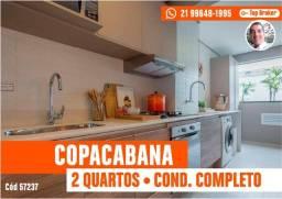 Copacabana - 2 Quartos em Condomínio com Infra e 1 Vaga