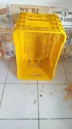 Título do anúncio: Cesta de compras e bandejas Hortifruti