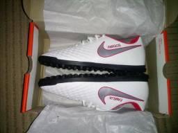 Chuteira Nike Magista Número 42