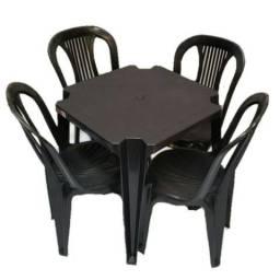 Jogo Mesa C/ 4 Cadeiras Plásticas
