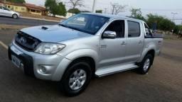 Toyota Hilux 2010/2011 SRV 4x4 163CV - 2011