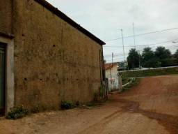 Aluguel de Galpão / terreno / apartamento