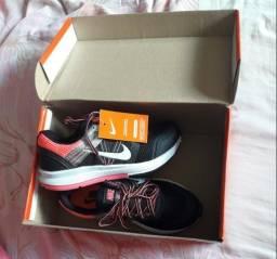 4344c46870 Tênis Nike Feminino Novo na Caixa
