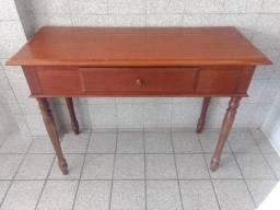 Aparador estilo antigo e em bom estado, em madeira com uma gaveta comprar usado  Recife