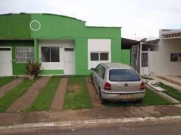 Alugamos casa em cond no Bairro Novo com 3 quartos