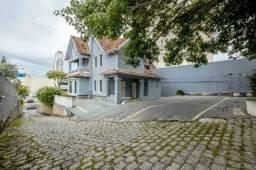 Casa à venda com dois prédios e um Barracão CA0062