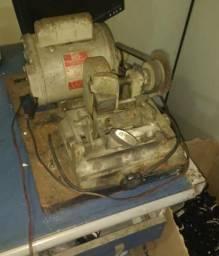 Máquina Copiadora de Chaves