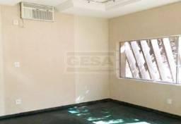 Cód: 30864 Aluga-se esta ótima casa no bairro Centro