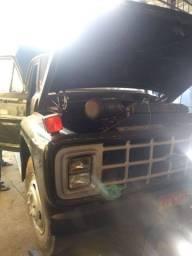 Caminhão ford750