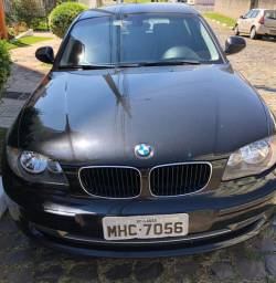 Carro BMW 118I ano 2010 Completa R$ 35.000,00