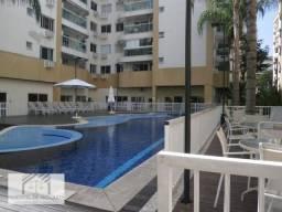 Apartamento com 2 dormitórios para alugar, 70 m² por R$ 1.600,00/mês - Freguesia (Jacarepa