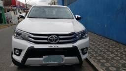 Hilux SRX 4X4 Diesel Automática - Carro para exigentes* laudo de garantia Dekra - 2016